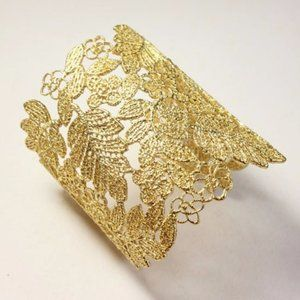 Stella & Dot Chantilly Lace Gold Cuff Bracelet